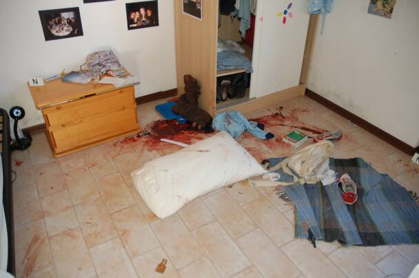 Amanda Knox Photos Crime Scene Many photos can be viewed in
