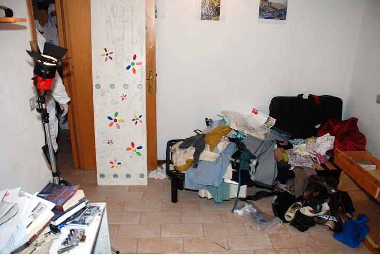 Amanda Knox Photos Crime Scene The photos above were taken on